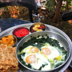 کافه چای بار - صبحانه - بهترین کافه های روباز تهران