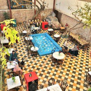 کافه گودویاس نمای بالا - کافه های روباز تهران - دیدو