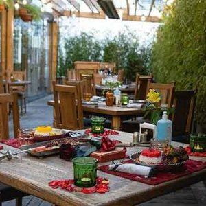 رستوران حس توران - رستورانی در نیاوران