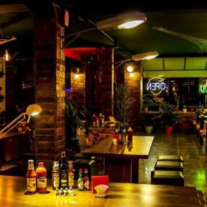 رستوران سه گوش گریل- فضای داخل2